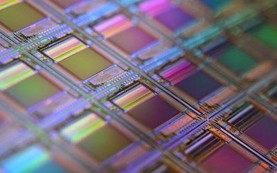 Fan-Out Wafer Level Packaging for next Generation mmWave Antenna in Package Applications
